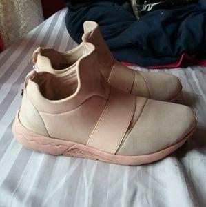 Steve madden shoe
